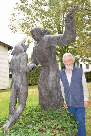 Franziskaner & Künstler wird 80